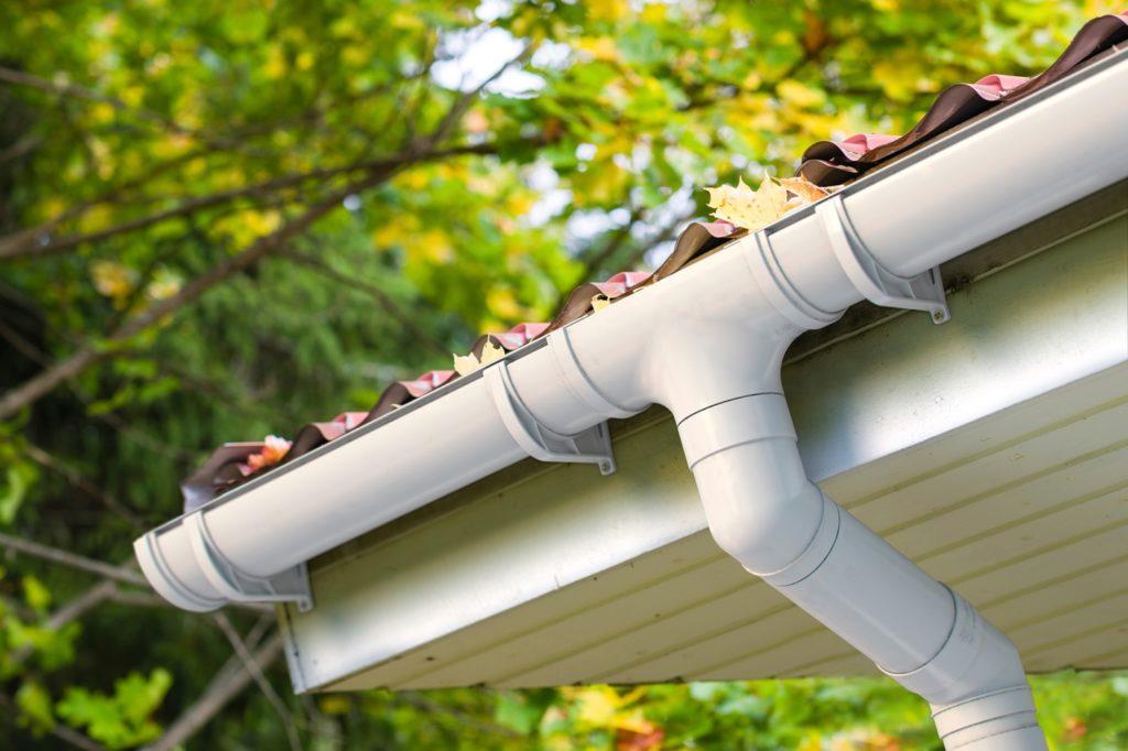 Мегапласт реализует в интернет-магазине megaplast.ua качественную водосточную систему